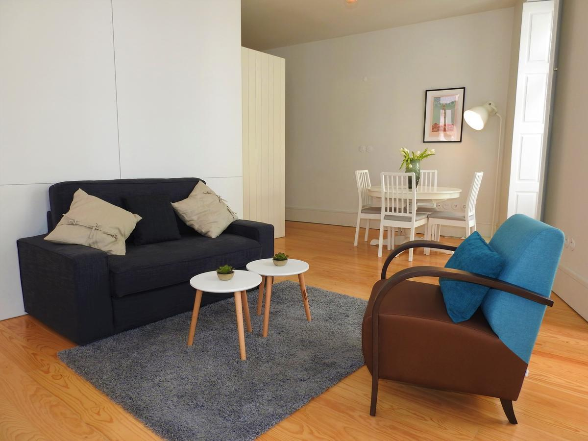 Oporto Delight 21luxury Apartment In Historic Center With Balcony 24 P