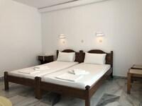 Malamas Apartments