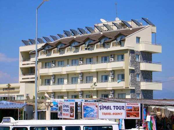 LA VITAS HOTEL