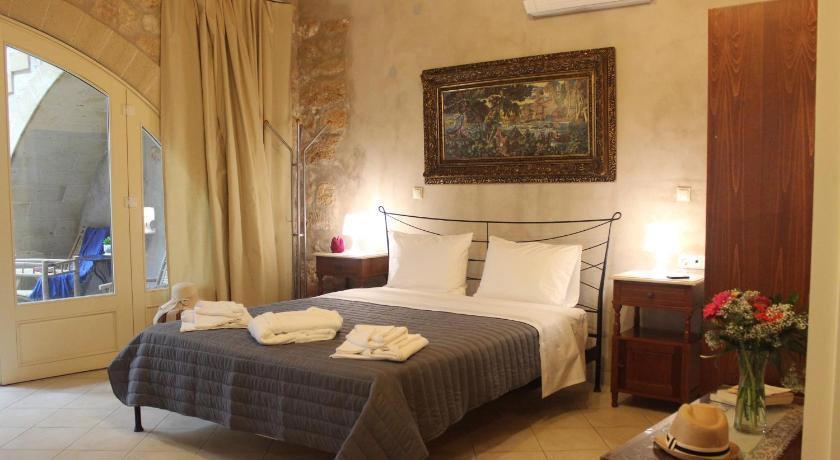 Bozzali Hotel