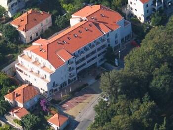 Ivka Hotel