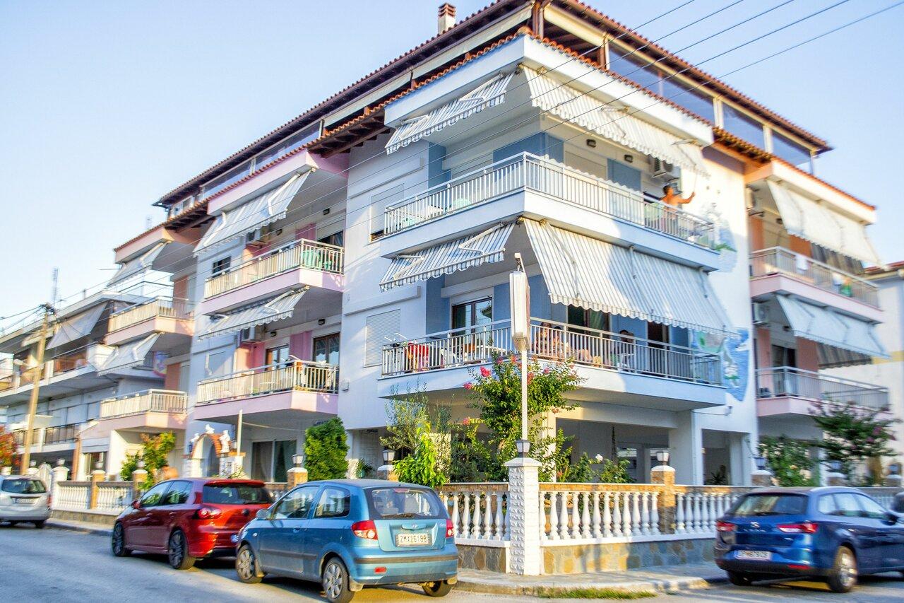 Niki Apartments