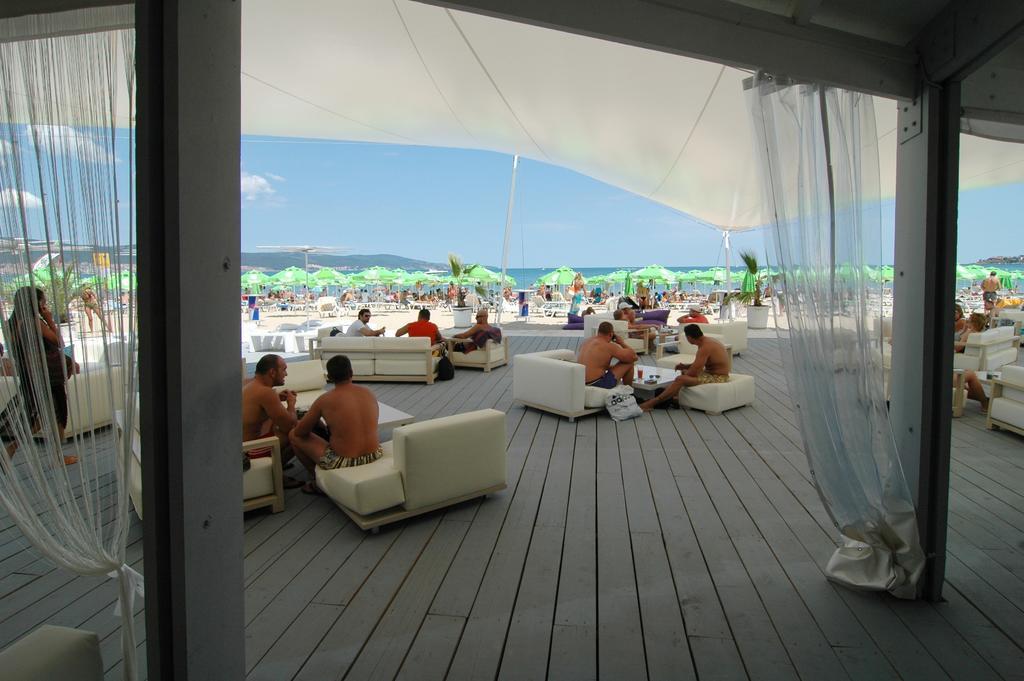 DOLPHIN SUNNY BEACH