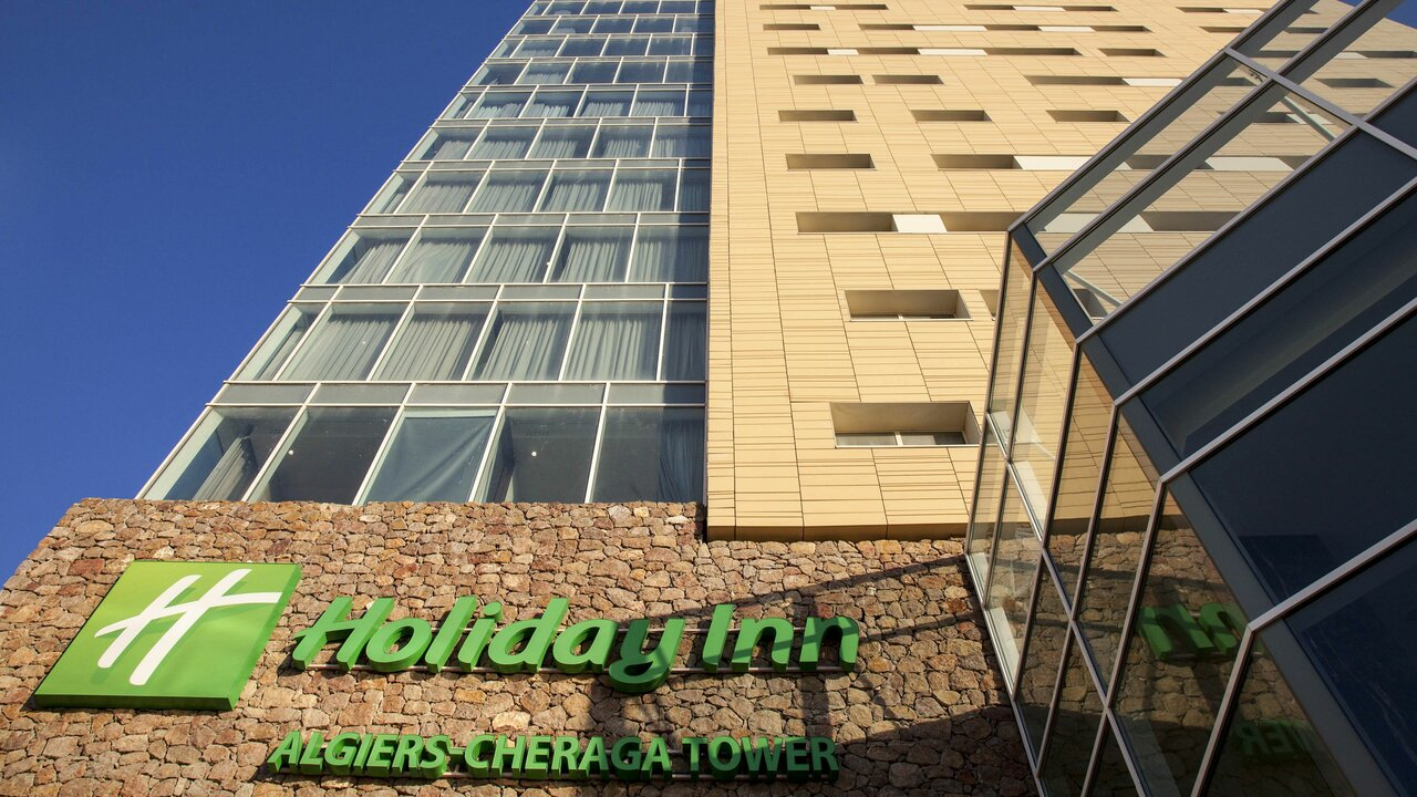 Holiday Inn Cheraga Tower