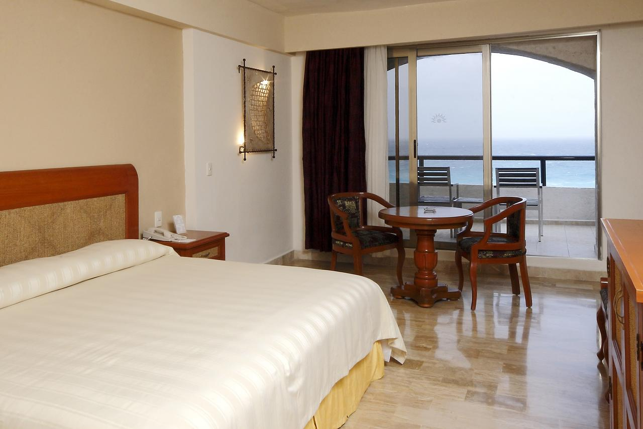 Golden Parnassus Resort
