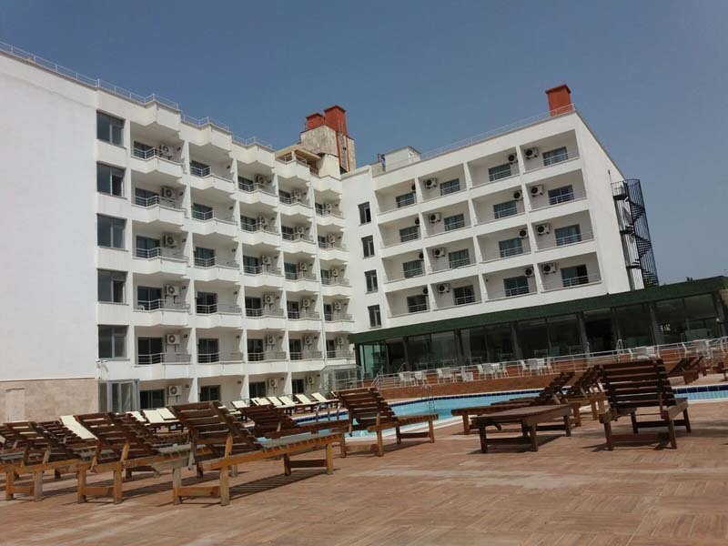 Hotel Ayma Beach Resort