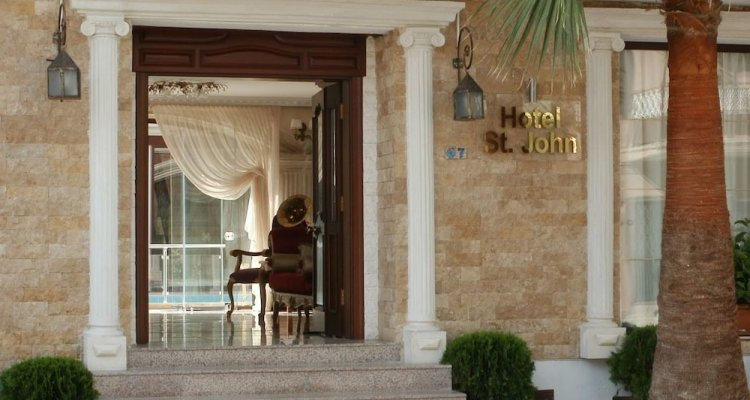 Saint John Hotel - Boutique Class