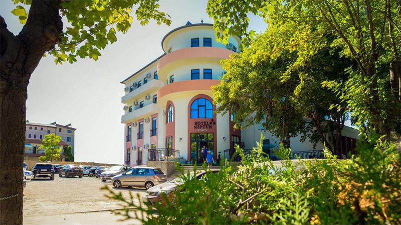 Camere de inchiriat Neptun Resort
