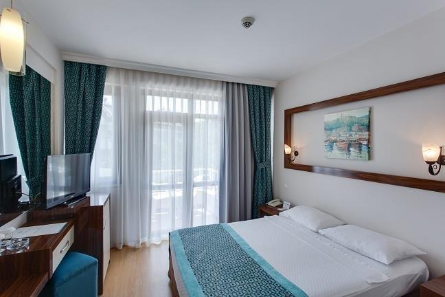 TU CASA GELIDONYA HOTEL