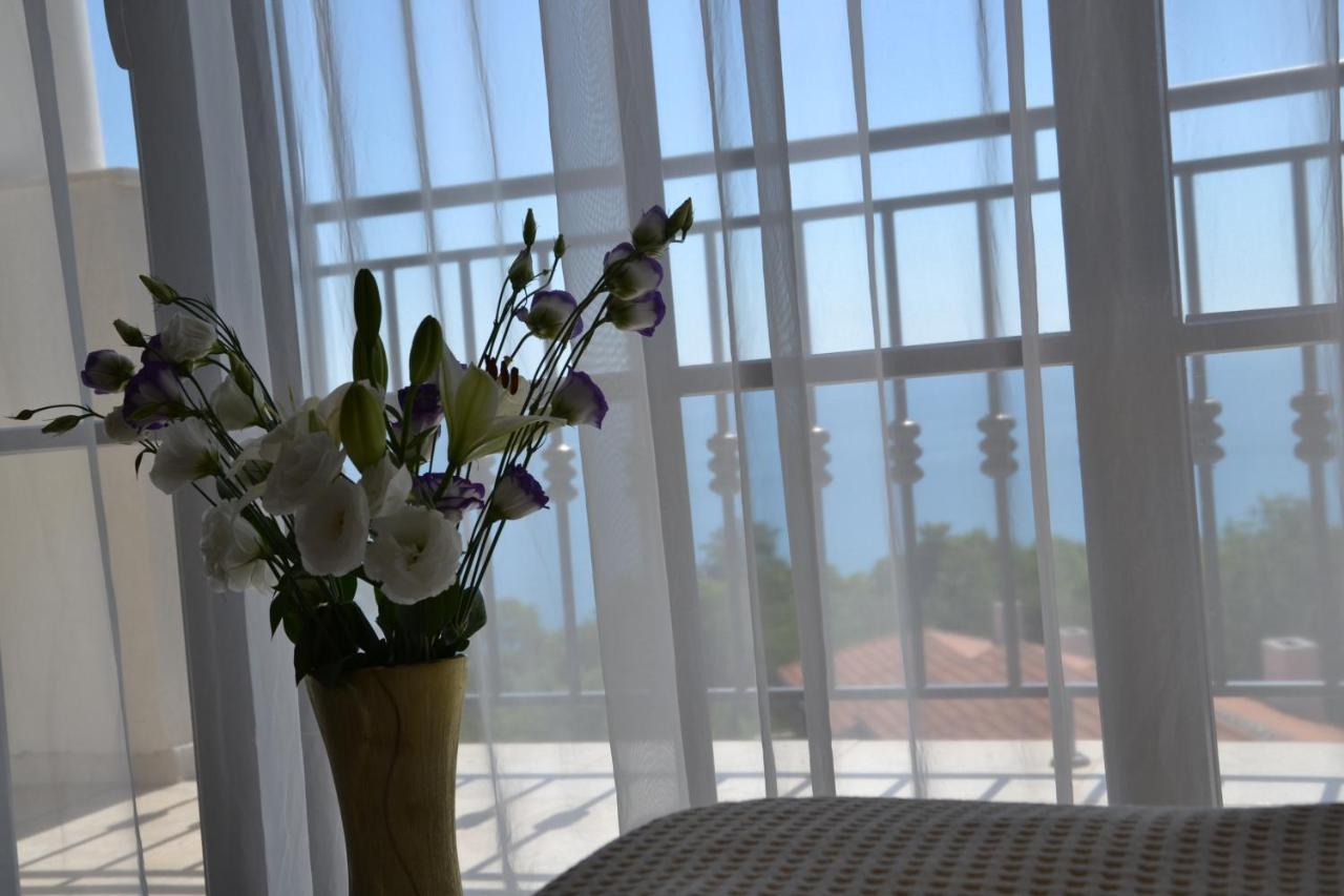 Apartment On The Cliff Obzor