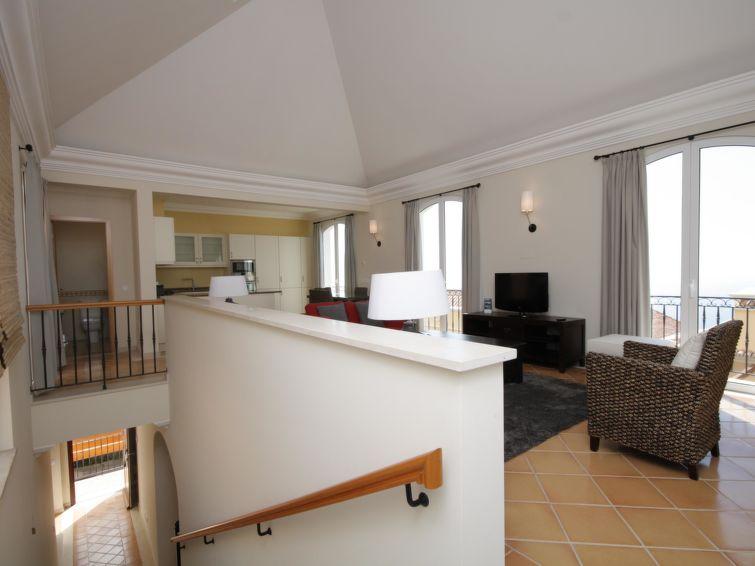 3-bedroom Villa with Sea View