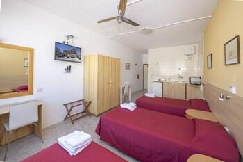 Alborada Aparthotel