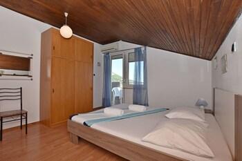 Apartments Ana