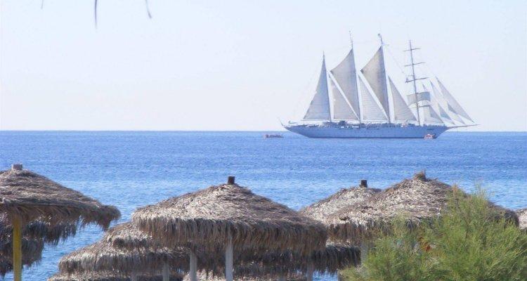 Perissa Bay