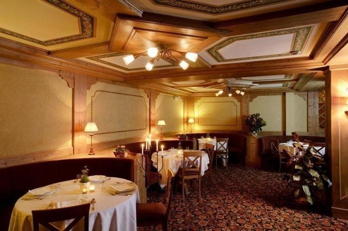Hotel Perla - Swadeshi Hotels