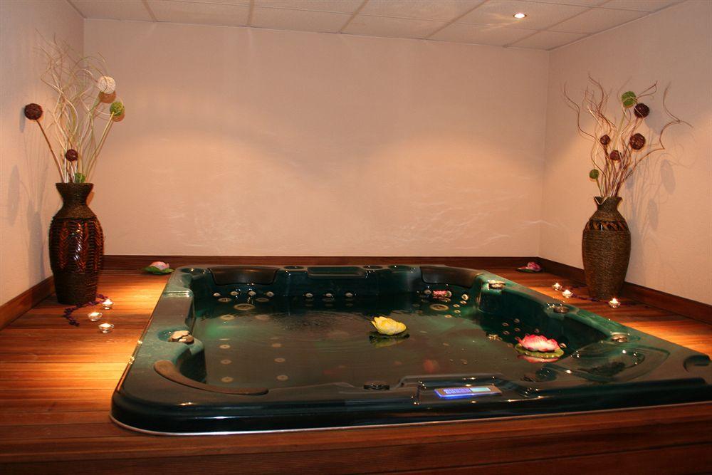 Grand Royale Hotel Spa
