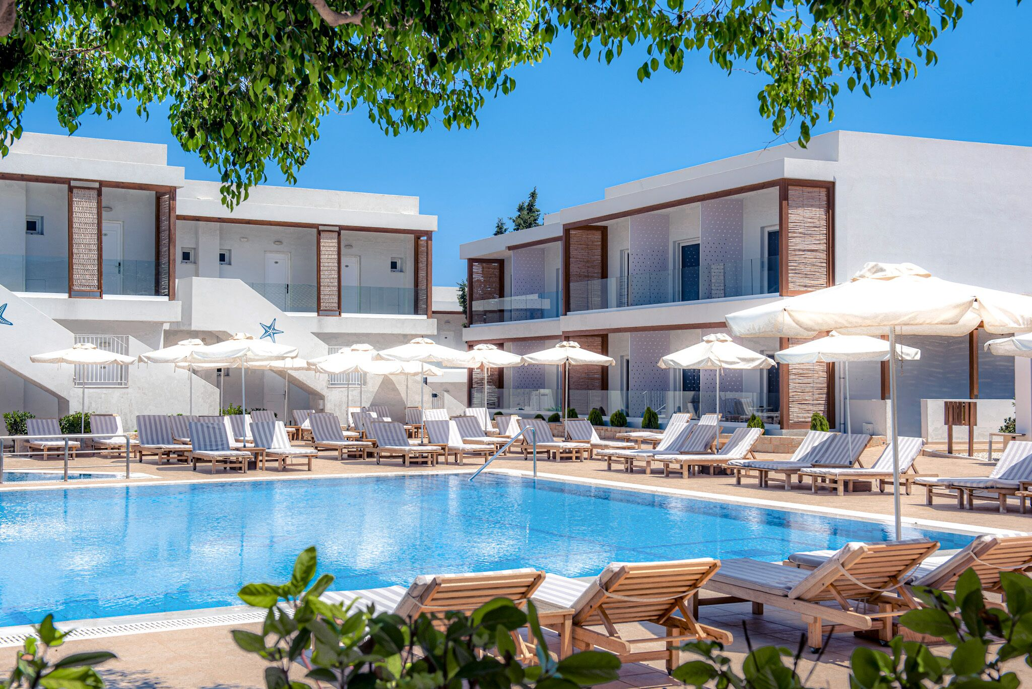 Cooee Lavris Hotels And Spa