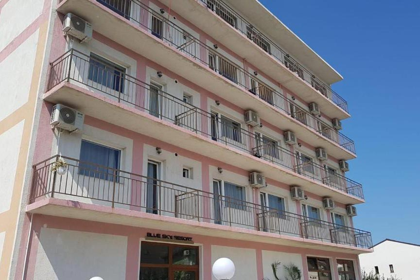 Camere de inchiriat Blue Sky Resort