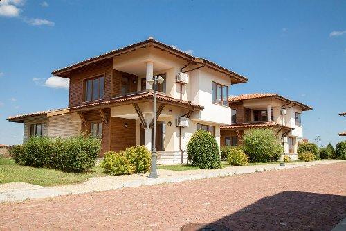 LIGHTHOUSE GOLF & SPA - APARTMENTS & Villas