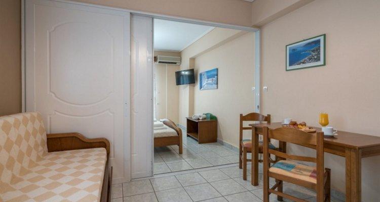 Denise Hotel