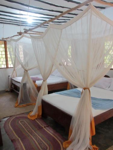 Upepo Boutique Beach Bungalows