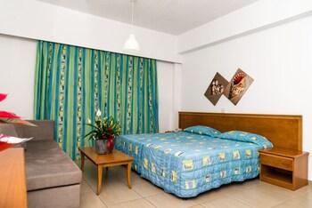 Helios Bay Hotel Apartments