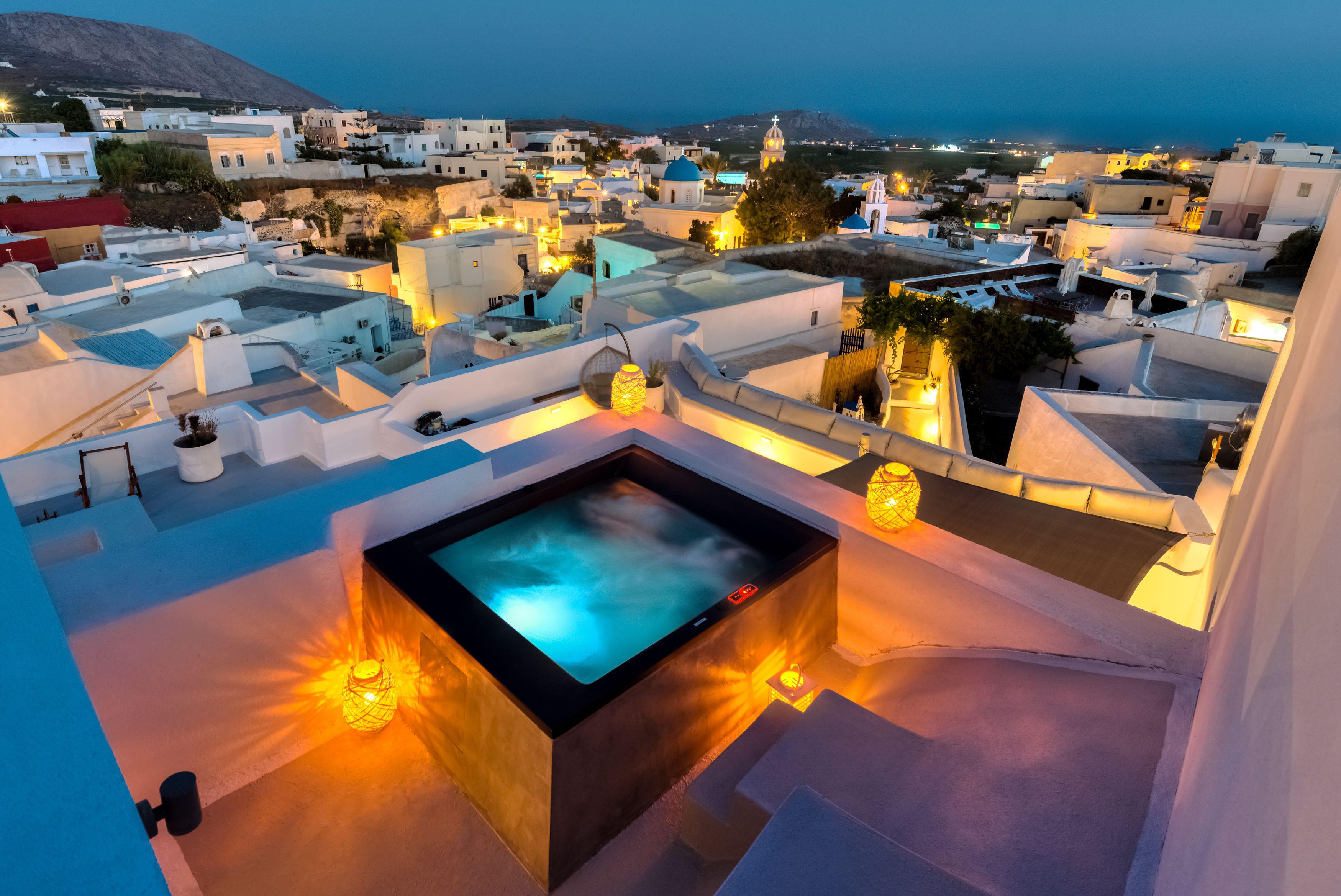 Pasithea Luxury Suites