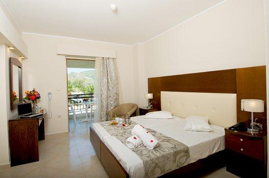 Golden Sun (Suites) Resort - adults only (Kalamaki)