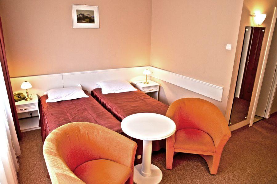 Tratament CURATIV MEDIU 9 nopti - Hotel Alunis