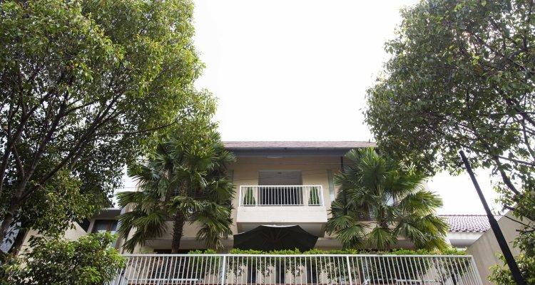 RedDoorz Plus near Pondok Indah Mall