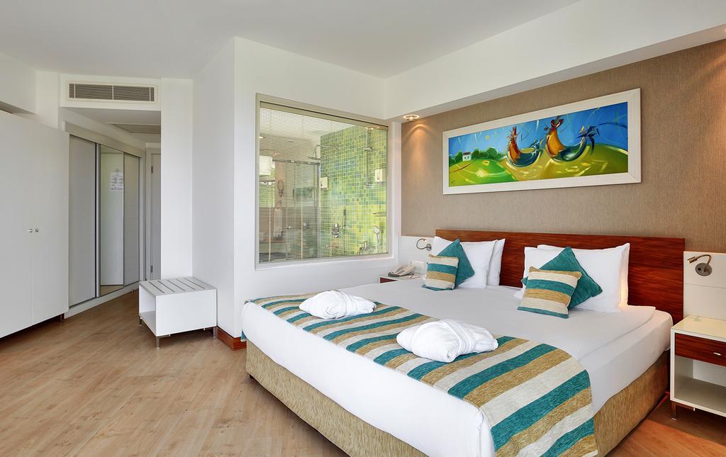 SUNIS EVREN BEACH RESORT HOTEL AND SPA
