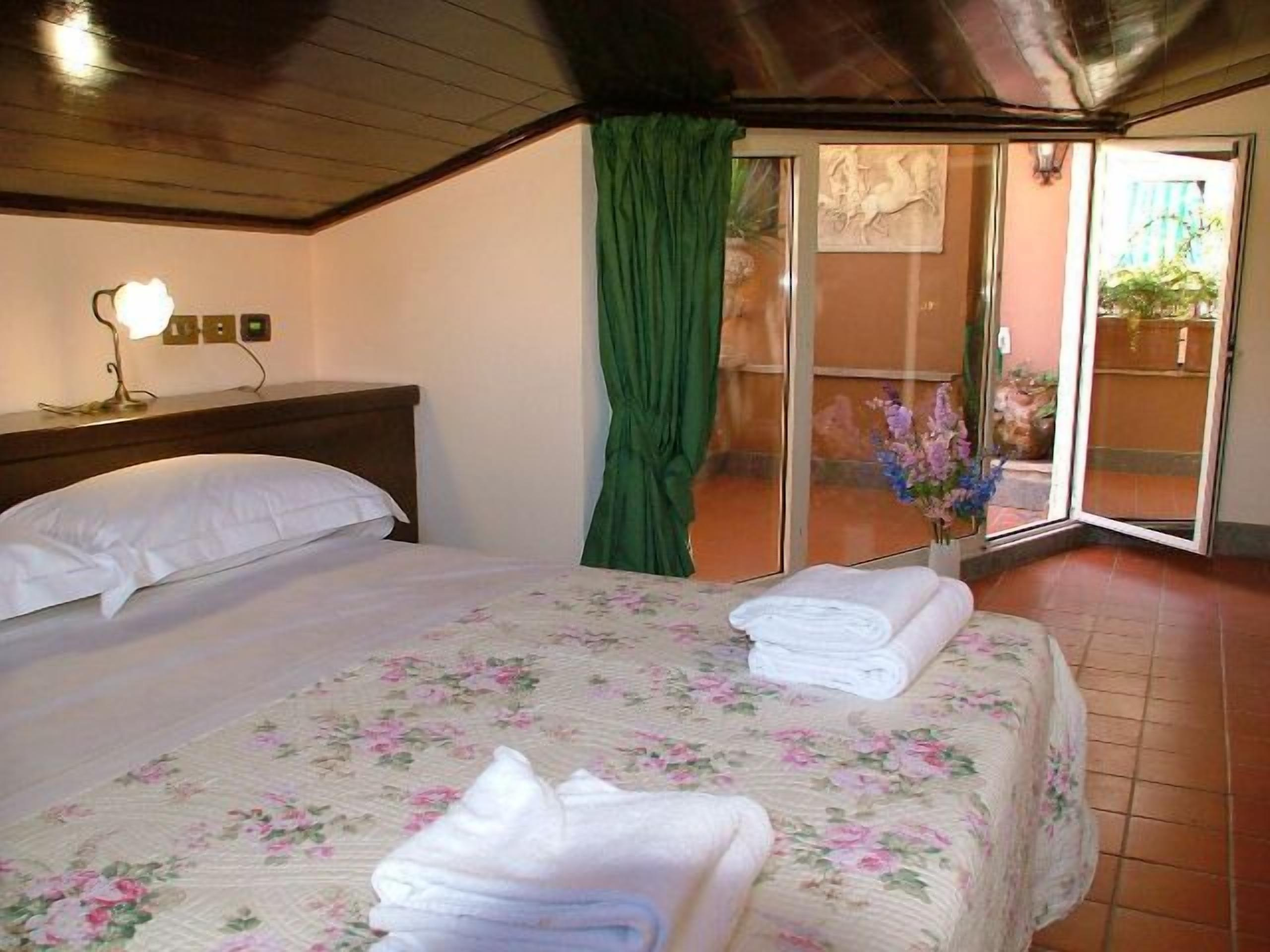 Okapi Rooms