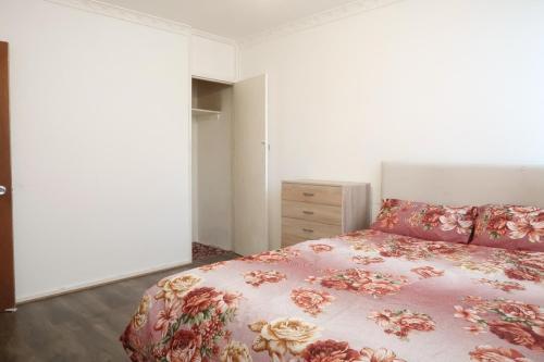 Broomfield Street Deluxe Double Room 3