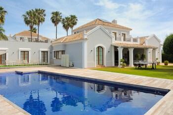 Villa Lotus Bel Air Deluxe Canovas