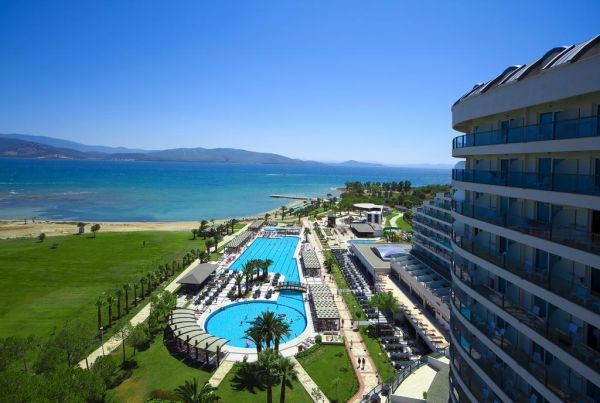 VENOSA BEACH RESORT AND SPA