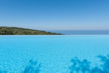 Art Blue Villas