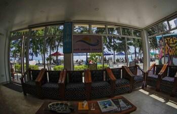 Sunny Suites Inn