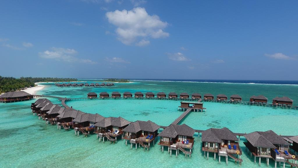 OLHUVELI BEACH RESORT AND SPA MALDIVES