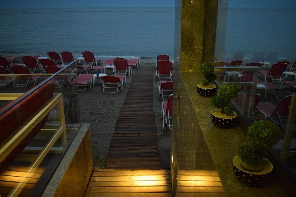 Zefyros Hotel
