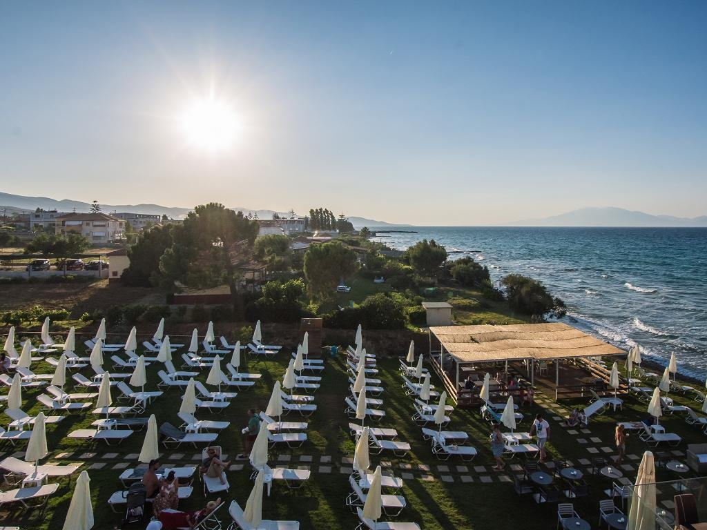 Golden Coast Resort