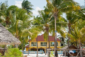 Bwejuu Beach Palm Villa