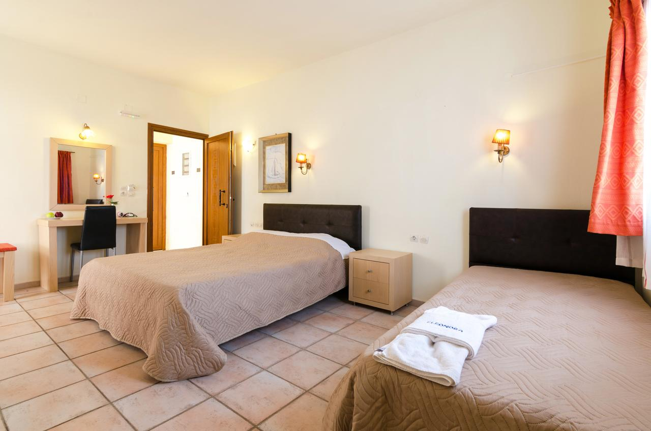 Eleonora Hotel