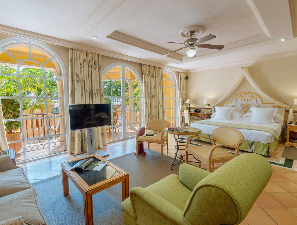 GRAN HOTEL BAHIA DEL DUQUE RESORT 5*
