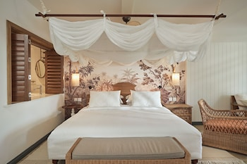 Paradise Cove Hotel And Spa