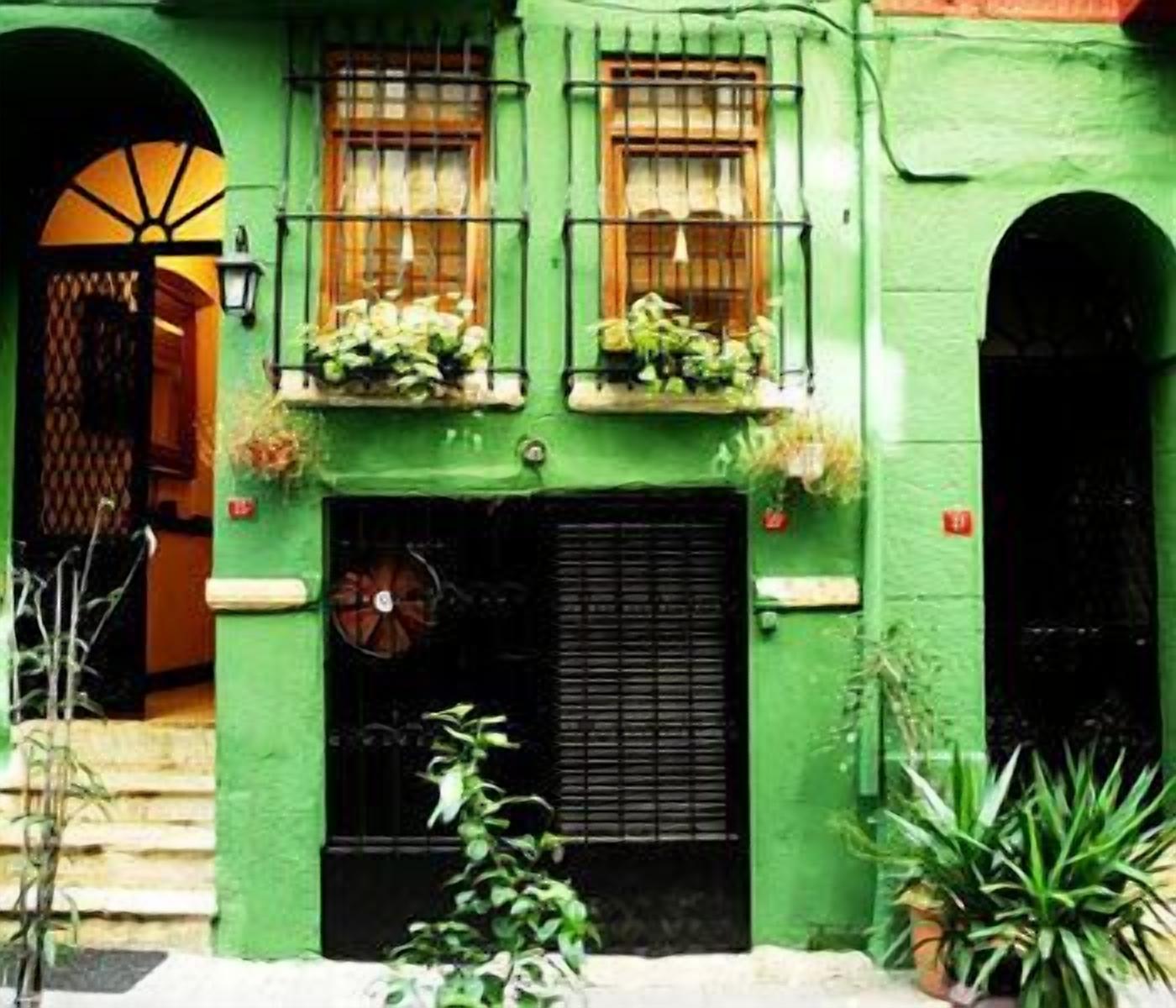 Istanbul Irish