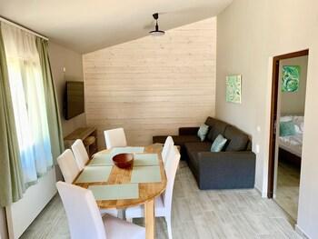 Kalabash Apartments