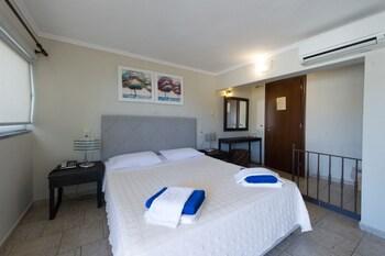 Hotel San Nectarios