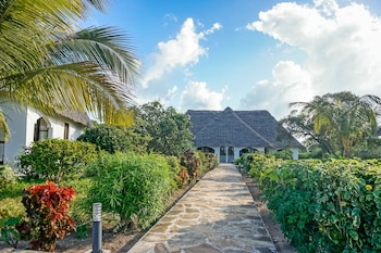 Pearl Beach Resort And Spa Zanzibar