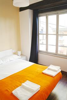 Valencia Murillo Apartments