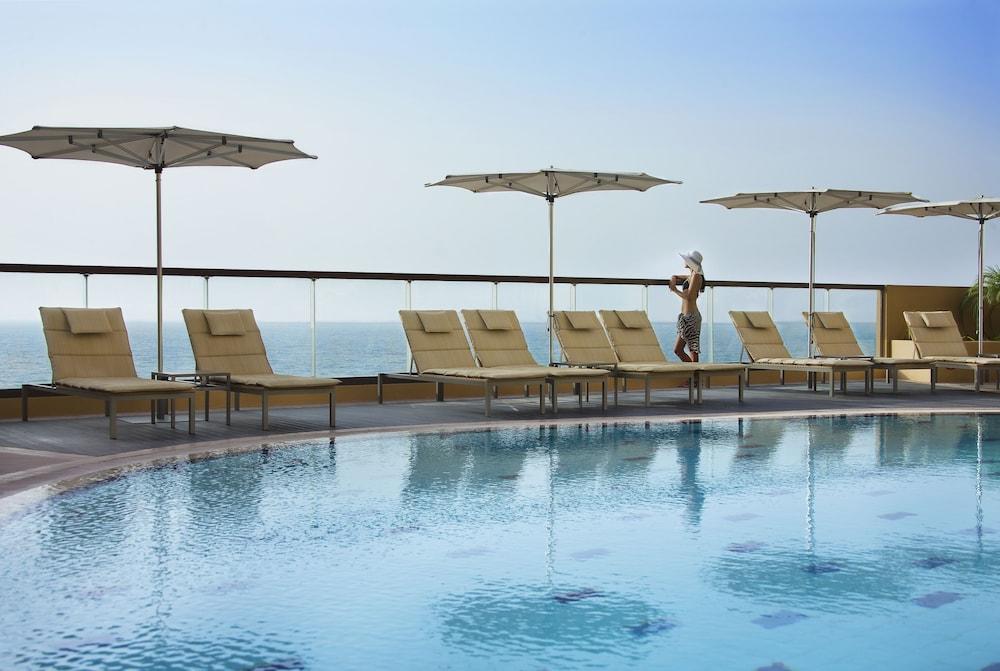 Amwaj Rotana  Jumeirah Beach Residence